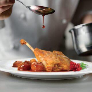 Nosotros lo cocinamos y tú lo terminas en tu casa. Fácil, cómodo y muy sabroso. #HazteunCascajares